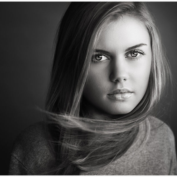 Rich black and white action set for Photoshop by LJHolloway Photography